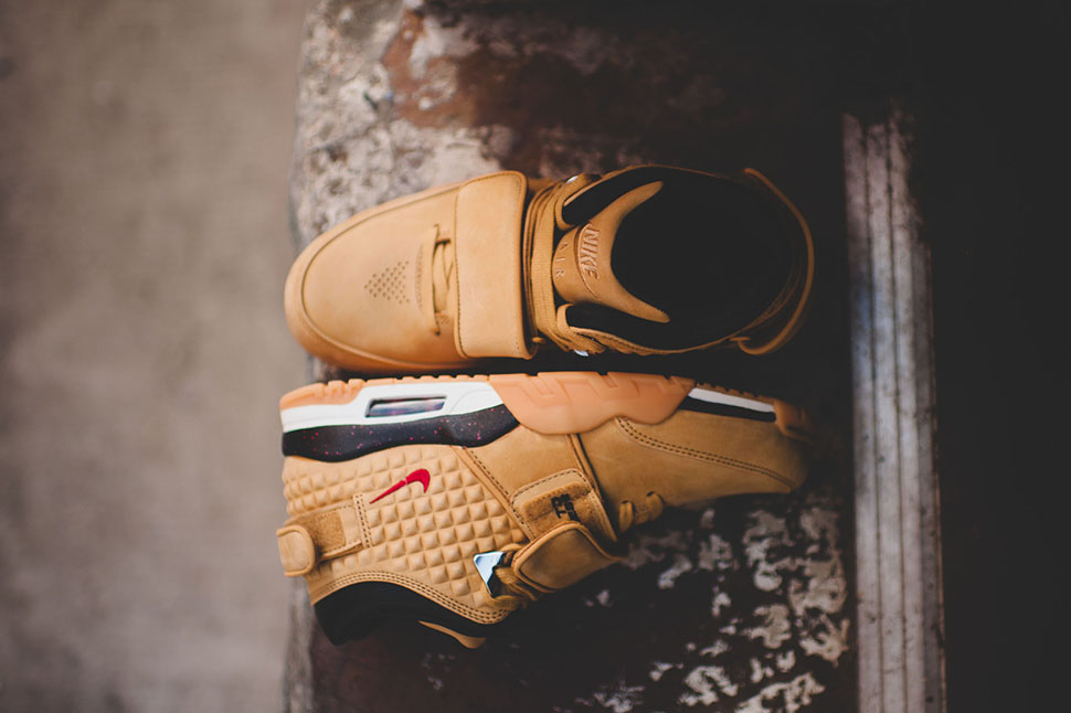 Nike Air Trainer Cruz Haystack 1