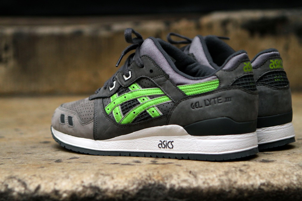 KITH-x-asics-Gel-Lyte-III-Super-Green-02