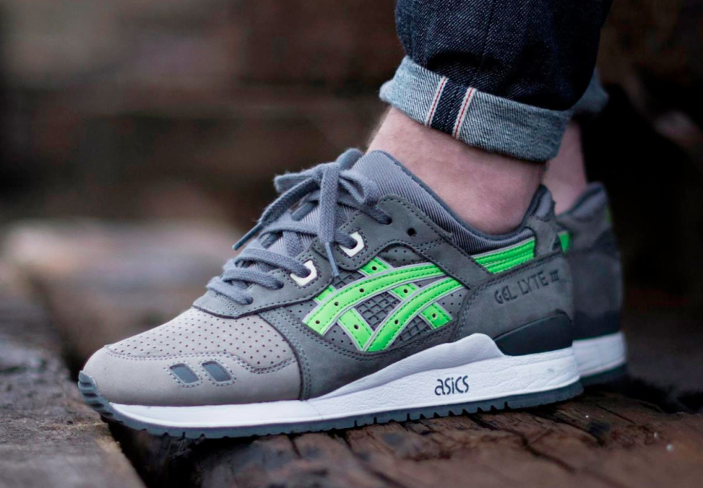 KITH-x-asics-Gel-Lyte-III-Super-Green-03