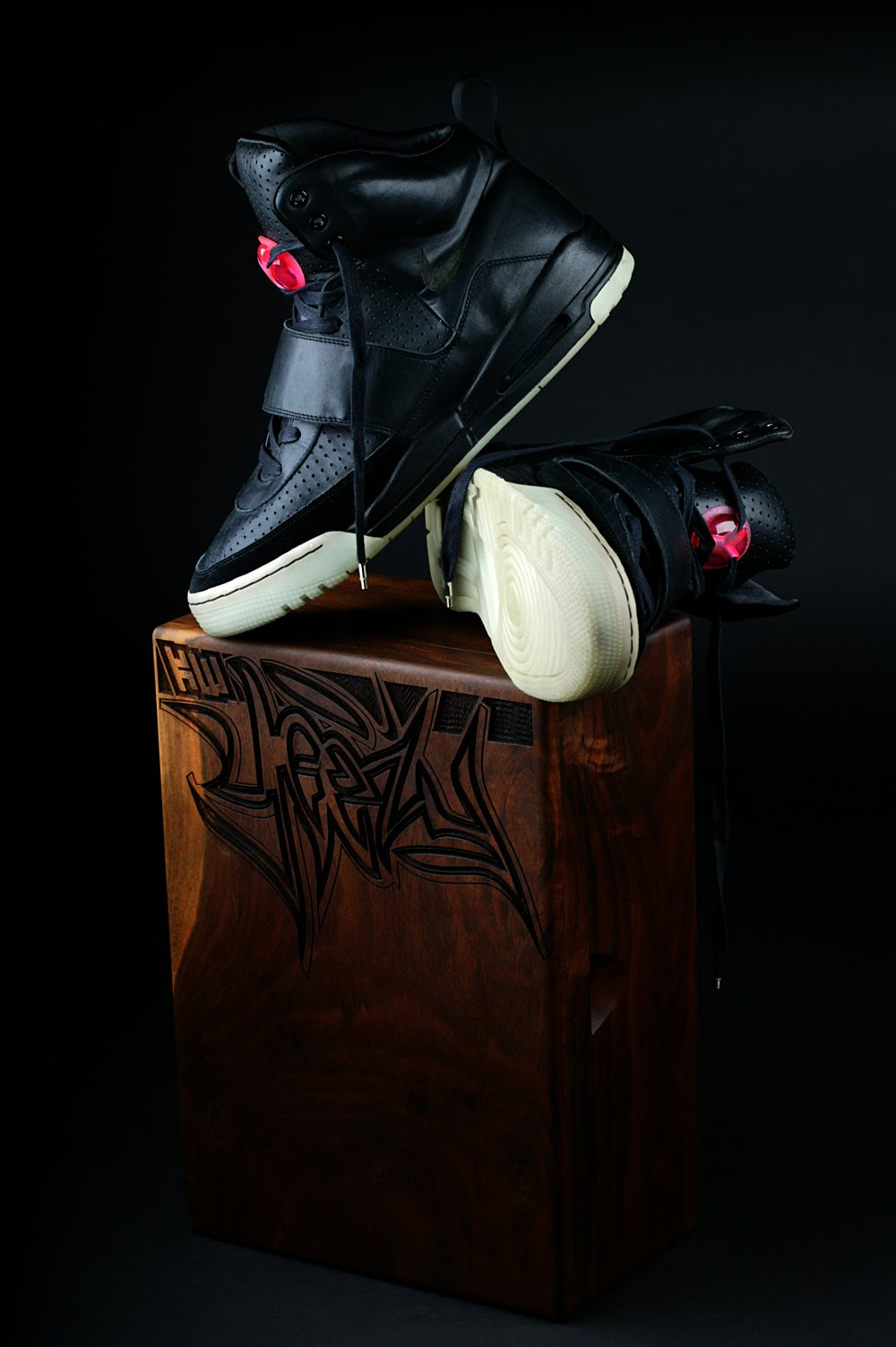 Kanye West Nike Air Yeezy 1   prototype Grammy