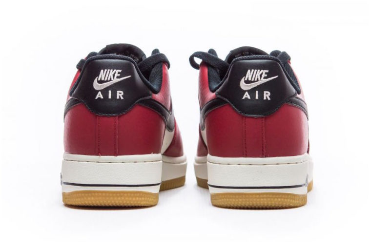 Nike Air Force 1 Chicago