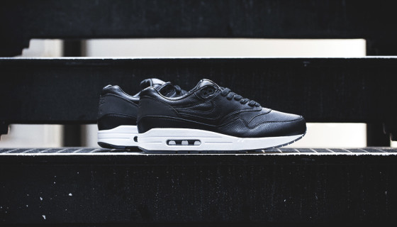 Nike Air Max 1 Deluxe