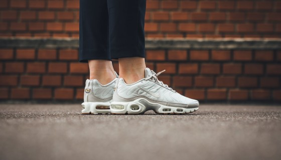 Nike Air Max Plus Tuned 1 Satin