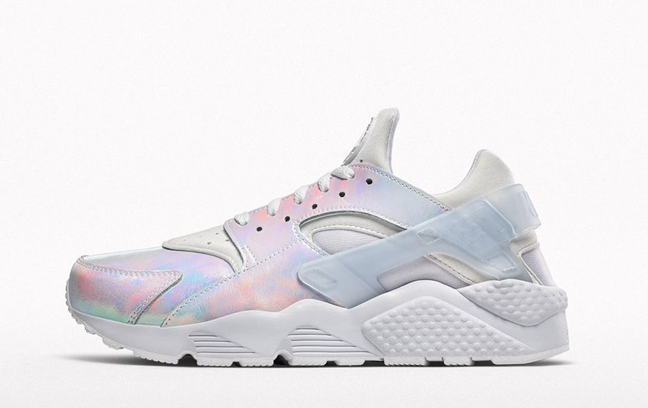 NIKEiD-Iridescent-Collection-Air-Huarache-01