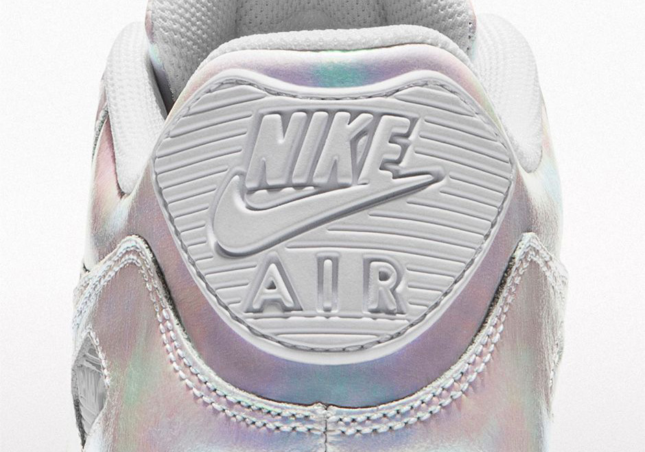 NIKEiD-Iridescent-Collection-Air-Max-90-01