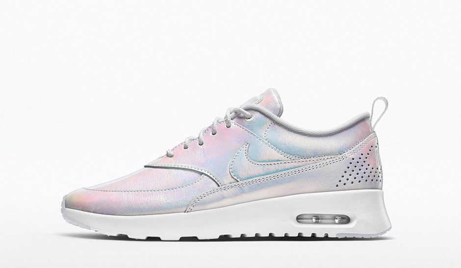 NIKEiD-Iridescent-Collection-Air-Max-Thea-03