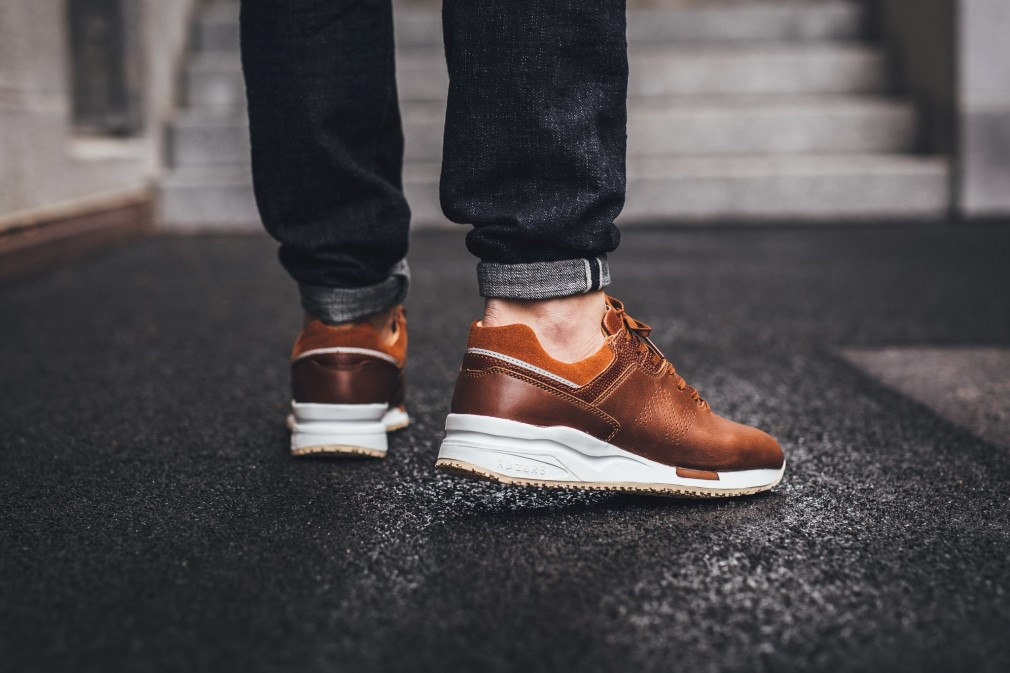 New-Balance-ML2016-Brown-3