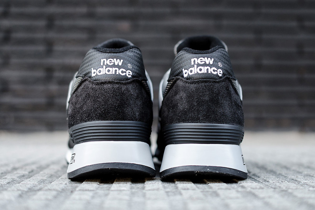 New Balance Made In UK  M577K  Carbon Fiber Black:Grey