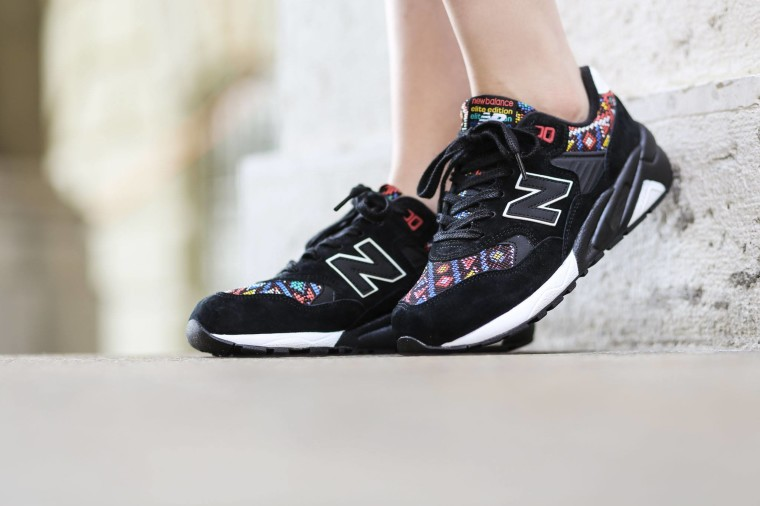 New Balance WRT580HA Aztec Black