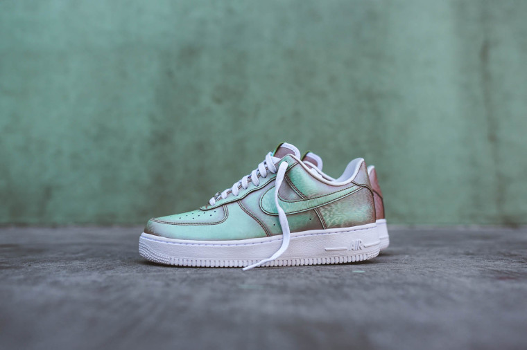 Nike Air Force 1 07 LV8 QS Lady Liberty Preserved Icons 812297-800