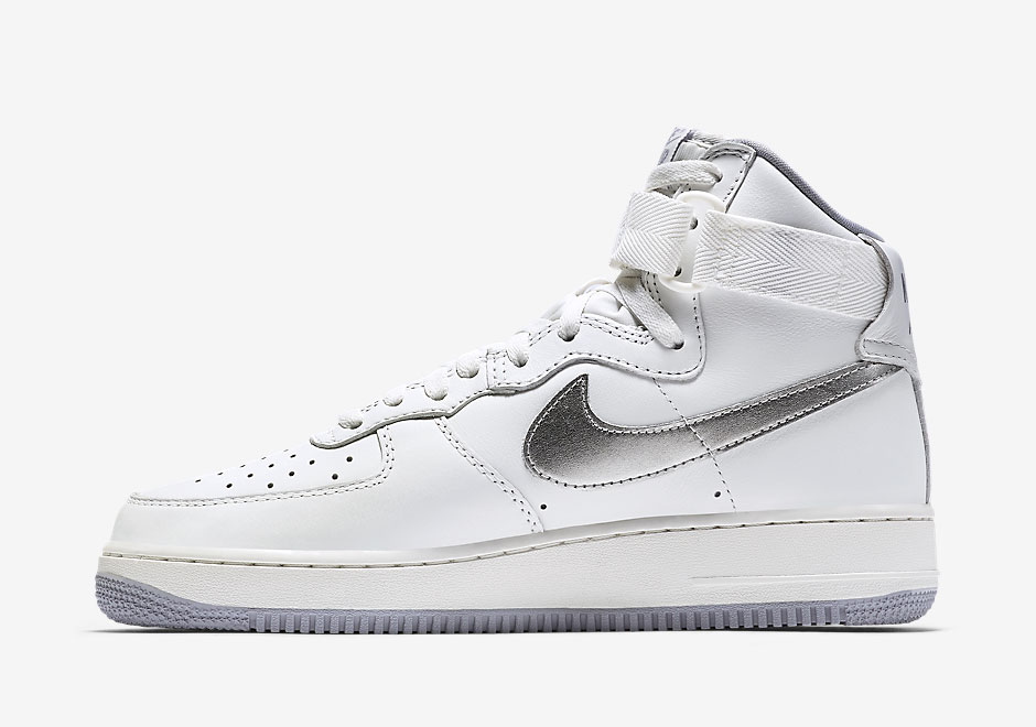 Nike-Air-Force-1-High-Remastered-QS-1