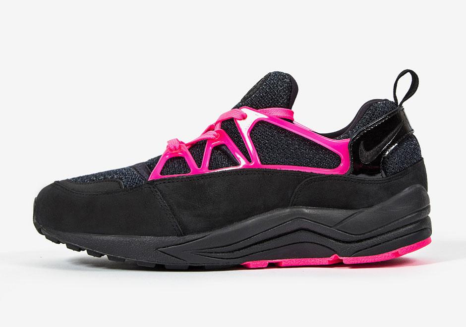Nike-Air-Huarache-Light-FC-Black-Pink-3