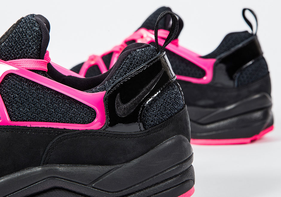 Nike-Air-Huarache-Light-FC-Black-Pink-4