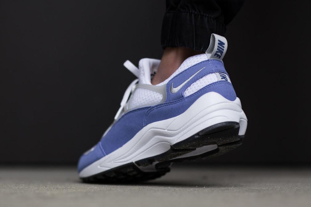 Nike-Air-Huarache-Light-Varsity-Blue-2