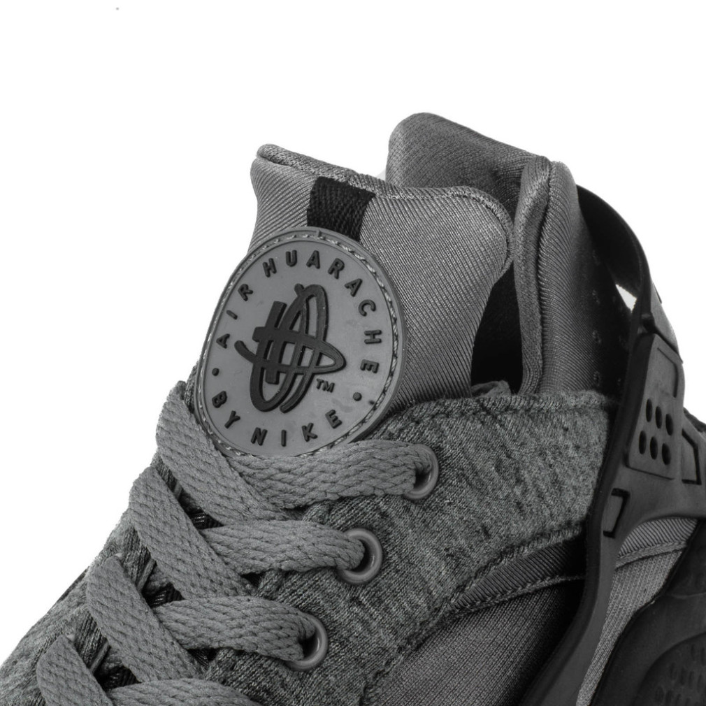 Nike-Air-Huarache-Run-TP-Tech-Fleece-3