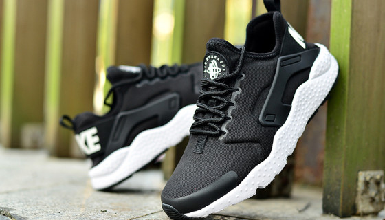 Nike Air Huarache Run Ultra Preview – Black/White