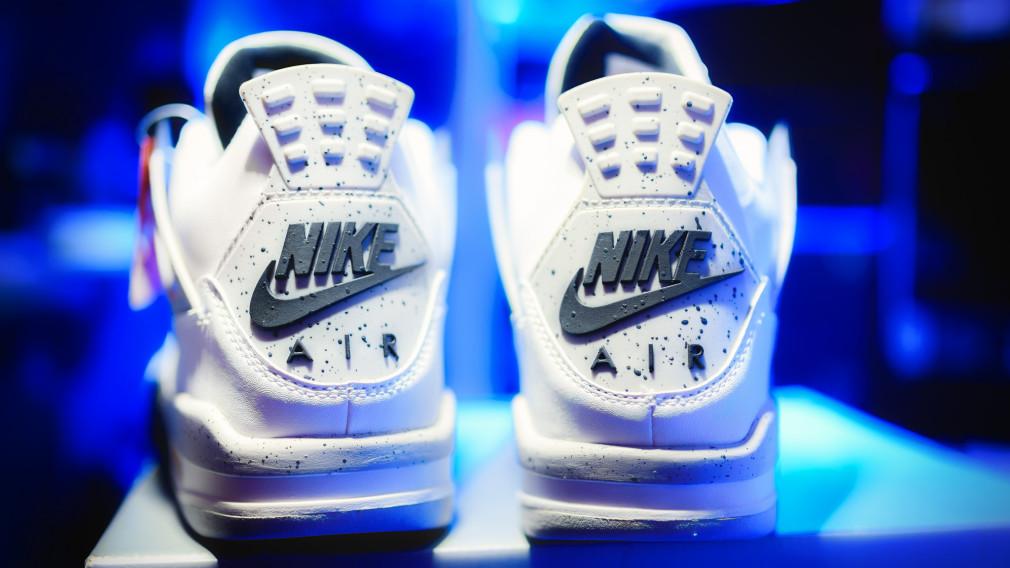 Nike-Air-Jordan-4-White-Cement-2016-1