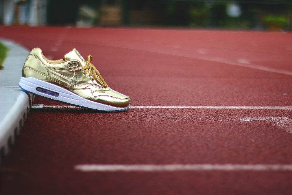 Nike-Air-Max-1-ID-Gold-Medal-Olympic-04