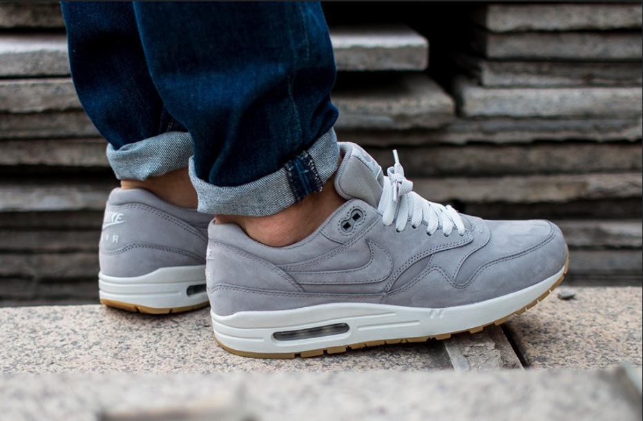 cheap for discount d6800 a7dfe Nike Air Max 1 Premium From The Leather Pack
