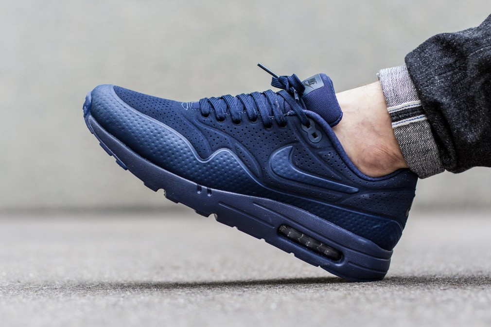 Nike-Air-Max-1-Ultra-Moire-Midnight-Navy-705297-404-1