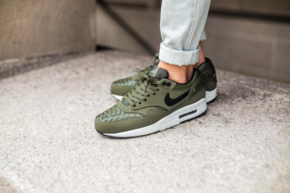 Nike-Air-Max-1-Woven-Carbon-Green-1