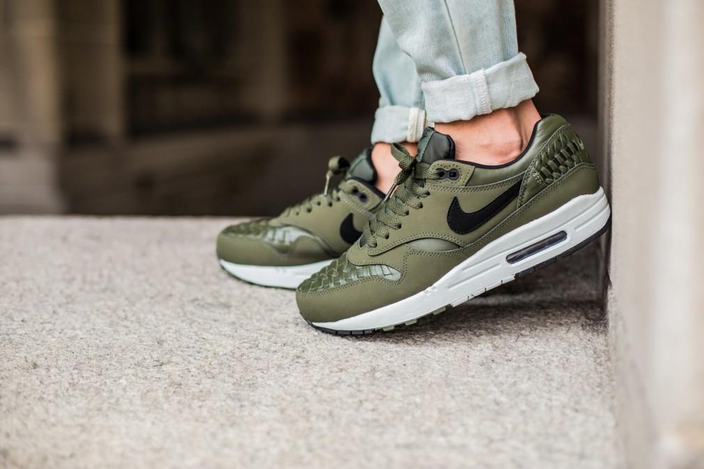 Nike-Air-Max-1-Woven-Carbon-Green-3