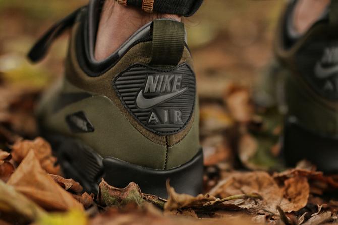 Nike-Air-Max-90-Mid-Winter-Dark-Loden-Black-Dark-Grey-806808-300-4