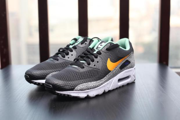 Nike-Air-Max-90-Ultra-Reflective-Safari-2-819474-008