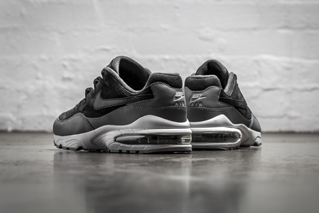 Nike-Air-Max-94-Wolf-Grey-Black-Gum-3