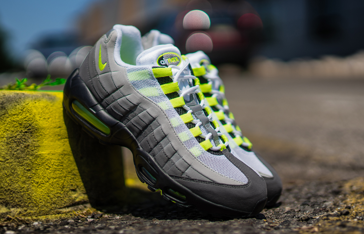 nike air max 95 og neon 2015 en d tails. Black Bedroom Furniture Sets. Home Design Ideas
