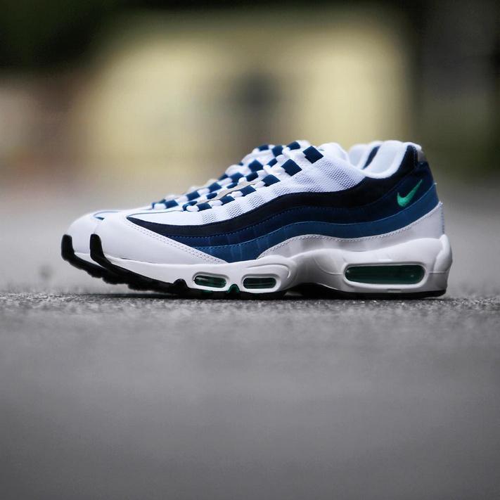 nike air max 95 retro shoes