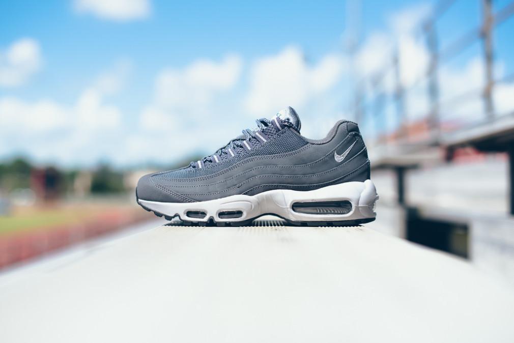Nike-Air-Max-95-Wolf-Grey-Dark-Grey-1