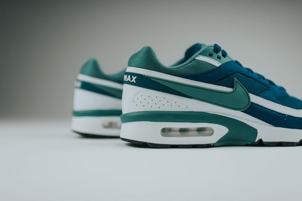 Nike-Air-Max-BW-OG-Marina-Jade-2016-06