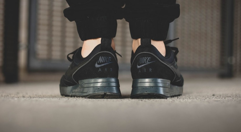 Nike-Air-Odyssey-Envision-QS-Anthracite-1