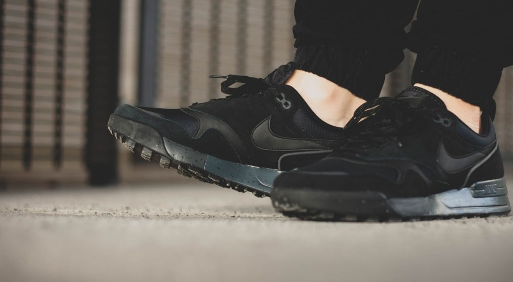 Nike-Air-Odyssey-Envision-QS-Anthracite-2