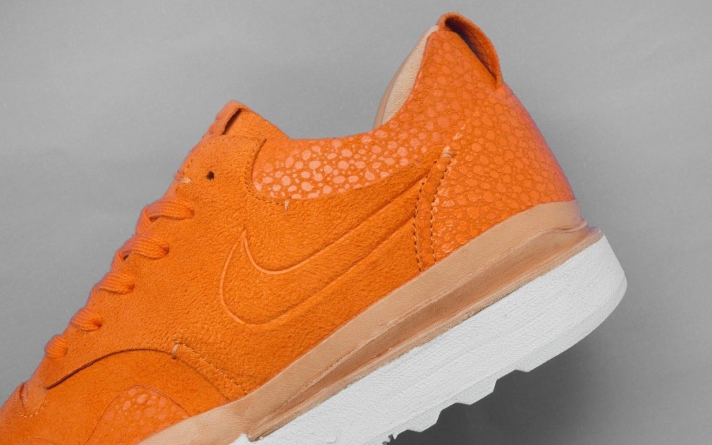 Nike-Air-Safari-Royal-Orange-02