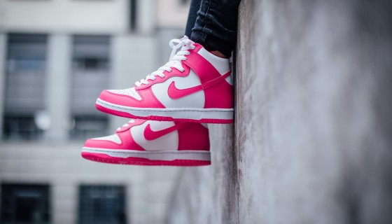 Nike Dunk High 'White/Pink Pow'