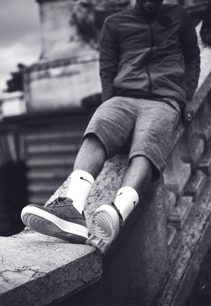 Nike-FC-SS16-Sneakers-Addict-Lookbook-BW-009