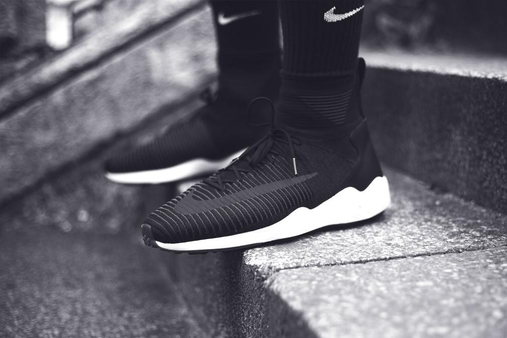 Nike-FC-SS16-Sneakers-Addict-Lookbook-BW-012