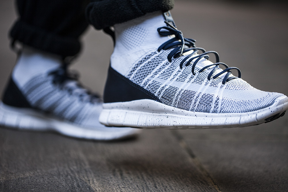Nike-Free-Flyknit-Mercurial-Pure-Platinum-2