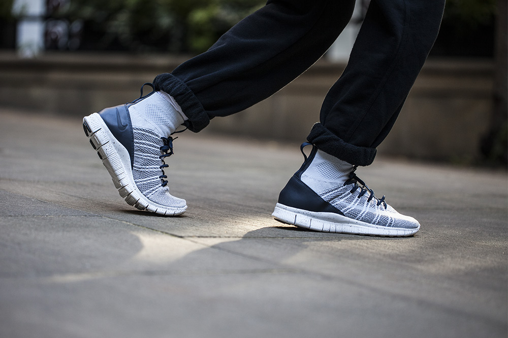 Nike-Free-Flyknit-Mercurial-Pure-Platinum-4