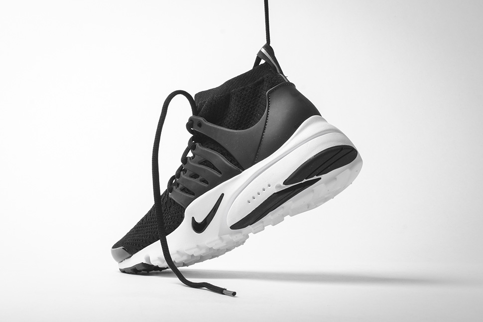 Nike-Presto-Flyknit-Ultra-High-Black-White-01