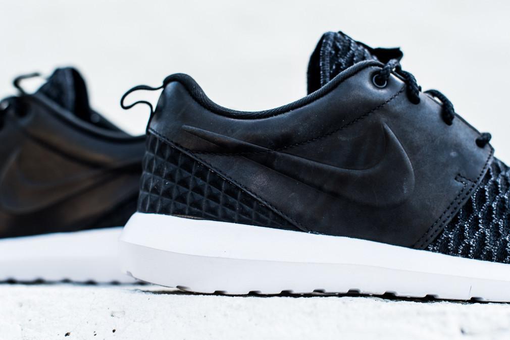 Nike-Roshe-One-NM-Flyknit-PRM-Black-5