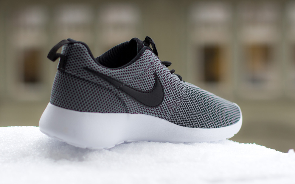 Nike Roshe Run Cool Grey Colorway - Musée des impressionnismes Giverny 2c535e3b97