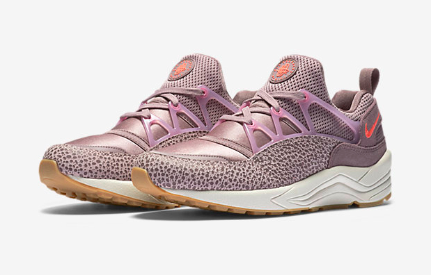 Nike-Safari-Premium-Plum-Fog-Huarache-Light-3