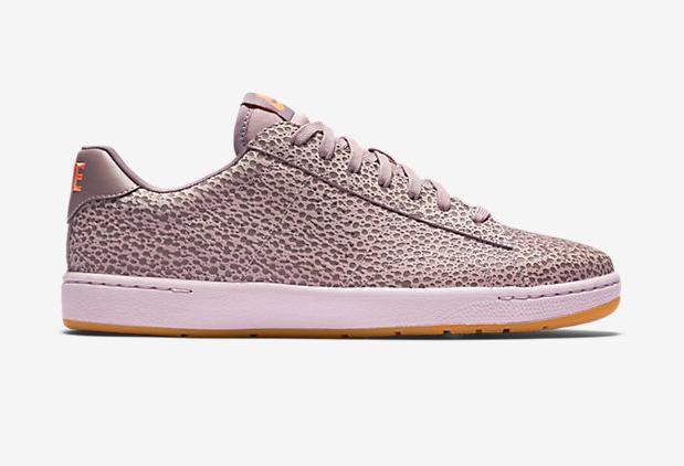 Nike-Safari-Premium-Plum-Fog-Tennis-Classic-1