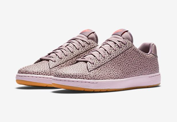 Nike-Safari-Premium-Plum-Fog-Tennis-Classic-3