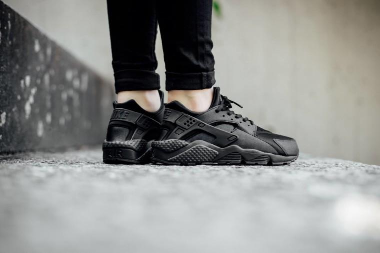 Nike Wmns Air Huarache Run 'Triple Black' 634835-009  Black:Black