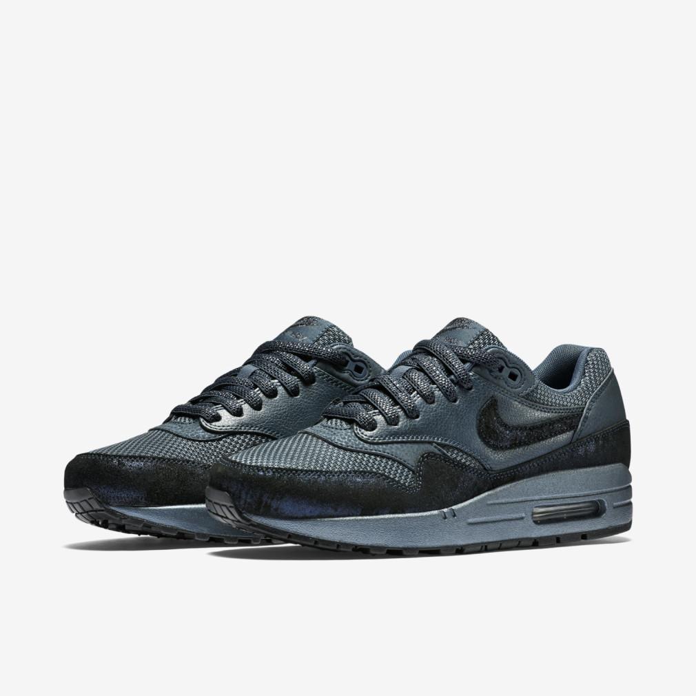 Nike-Wmns-Air-Max-1-Premium-Squadron-Blue-454746-401-1