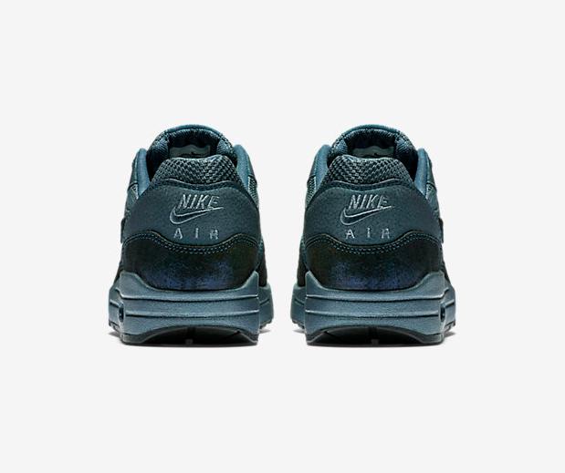Nike-Wmns-Air-Max-1-Premium-Squadron-Blue-454746-401-4
